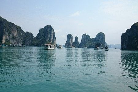 Reasons why falling in love with Vietnam