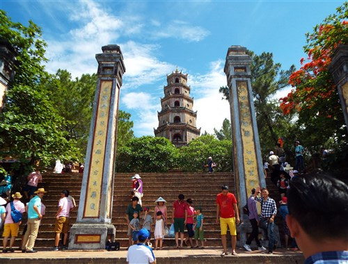 Top 5 temples and pagodas to visit in Vietnam