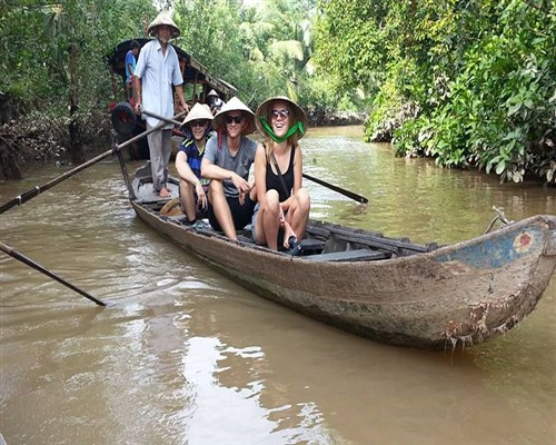5 Practical Reasons to Explore Vietnam on a Guided Tour