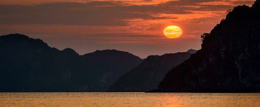 overnight cruise in halong
