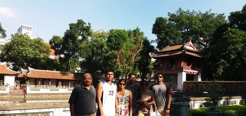 family tour in vietnam