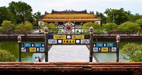 IDT03: Indochina Tours Exploring 3 Countries - 23 days from LPB