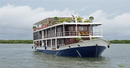 LC01: Siem Reap - Phnom Penh Cruise Tour - 3 Days / 2 Nights