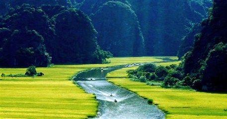 ICV08: Colorful Cambodia - Laos - Vietnam Tour - 21 days