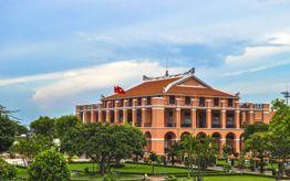 Ho Chi Minh Museum - Dragon House Wharf