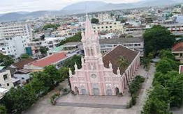 Discover Danang cathedral