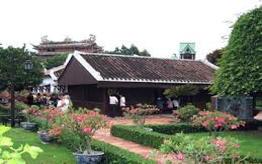 Duc Thanh school