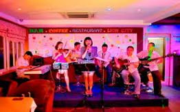 Live Music cafe