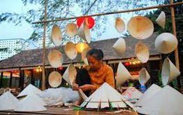 Phu Cam Conical Hat
