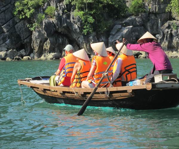 travel guide halong