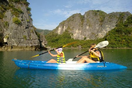 Vietnam is the best place for kayaking spot