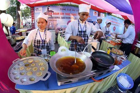 Opening the International Food Festival - Hue 2016