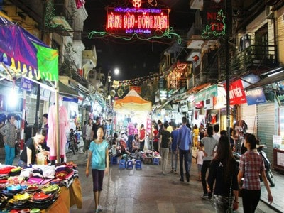 Walking streets in Hanoi from October