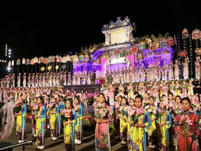 Hue Festival 2016, meeting place and cultural exchange