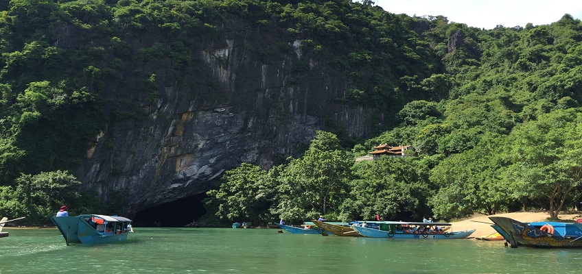 Quang Binh: Phong Nha in the Top 10 of the most beautiful Caves in the World's