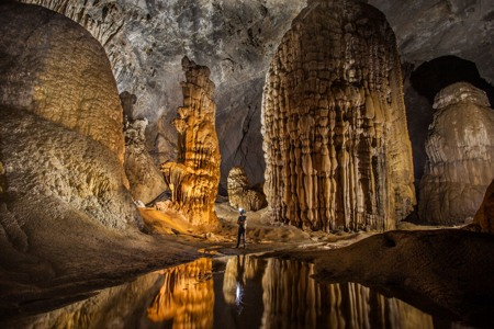 Exploring Son Doong cave- a stunning experience for your Vietnam Holiday