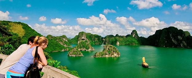 Why Should You Go For a Halong Bay Cruise