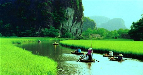 HN12: Mai Chau - Tam Coc Tour - 2 days / 1 night
