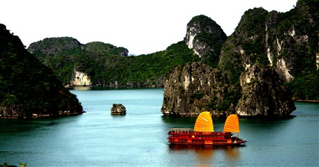 VT04: Vietnam Heritage Tour - 15 days from Hanoi