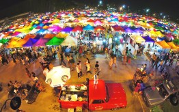 Visiting Night Markets in Thailand