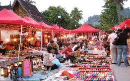 Shopping in Luangprabang